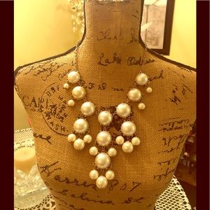 Pearl fashion necklace.